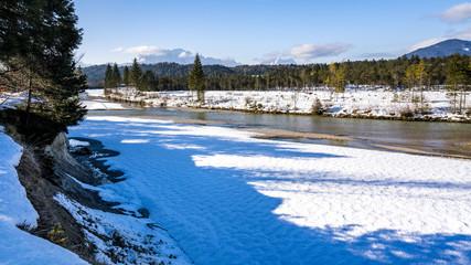 Winter, Isarauen bei Krün, Werdenfelser Land, Oberbayern, Kreis Garmisch Partenkirchen, Deutschland