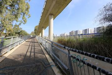 Мост — искусственное сооружение, возведённое над препятствием т