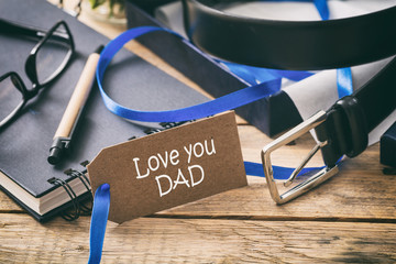 I love you dad in a tag, office desk background