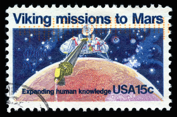 Vintage 1978 United States of America cancelled postage stamp showing  Viking missions to Mars