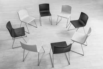 Chairs in room prepared for group psychotherapy session Fototapete