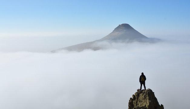 Bulutlar üzerinde hayal