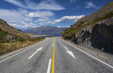 New Zealand, South Island, Crown Range, road at Lake Wakatipu