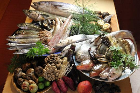 旬の鮮魚と食材