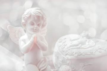Baby angel statuette