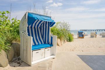 Fototapete - Strandkörbe an der Ostsee