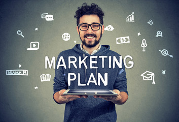 Content entrepreneur having marketing plan