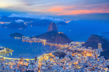 Wall Mural - Rio De Janeiro city at twilight