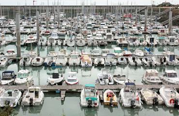 Fond de hotte en verre imprimé Port Granville port de plaisance Normandie