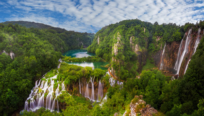 Wall Mural - panorama of Plitvice waterfalls
