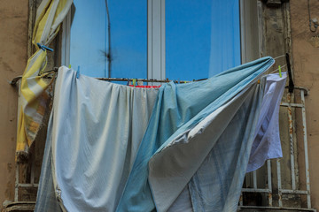 Do-it-yourself laundry