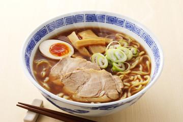醤油ラーメン Japanese Ramen noodles