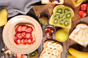 breakfast toast with fruits