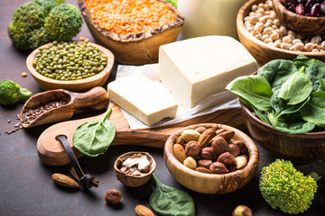 Vegan protein source. Beans, seeds, nuts and vegetables.