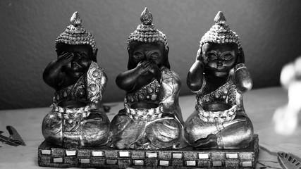 3 wise little Buddha