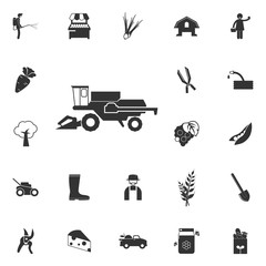 combine harvester icon. Element of farming and garden icons. Premium quality graphic design icon. Signs, outline symbols collection icon for websites, web design, mobile app