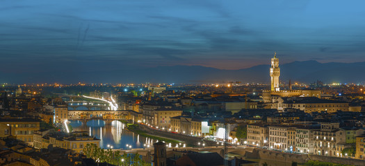 Fotomurales - Skyline of Florence city, Tuscnay, Italy at dusk