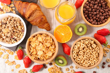 cereal breakfast and fruits
