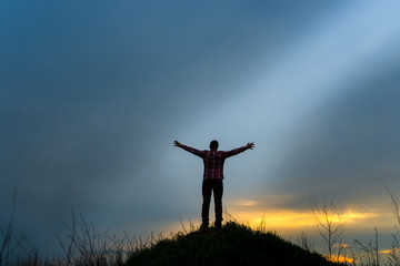 the believer raises his hands to heaven and god