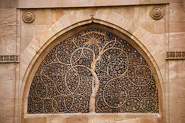 Carving details on the outer wall of the Sidi Sayeed Ki Jaali (Mosque), Built in 1573, Ahmedabad, Gujarat
