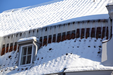 icicle window
