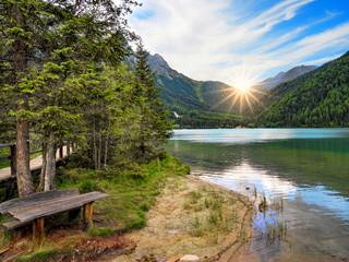 Idyllischer Blick auf den Antholzer See, Ahrntal, Südtirol