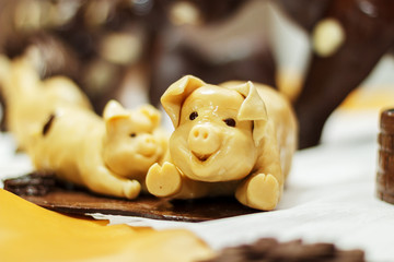 Chocolate pig decor