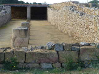 Yacimiento de Empúries (L'Escala) en Cataluña,España. El único yacimiento arqueológico  donde conviven los restos de una ciudad griega Emporion con las de una ciudad romana, Emporiae