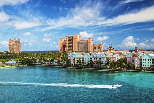 Beautiful scene of Nassau landscape with speed boat