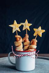 Star themed hotdogs in a metallic cup