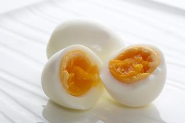 カットした茹で卵