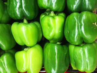green pepper,bell pepper,garden fresh vegetable