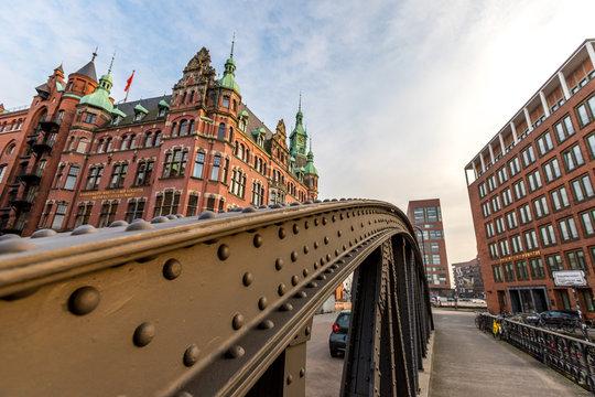 Brücke in der Speicherstadt in Hamburg