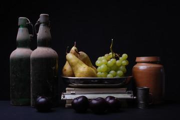 Stilleben mit Birnen, Trauben und Pflaumen