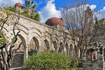 Palermo, rovine del chiosro di San Giovanni degli eremiti