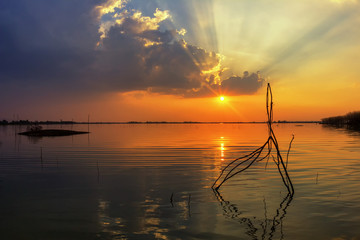 Take photo landscape sunset reflective surface
