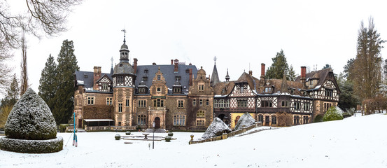 Schloss Rauischholzhausen im Winter II