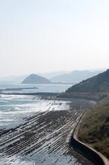 波状岩がある海岸