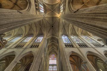 Vue intérieure de la cathédrale de Limoges