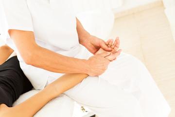 Masajes brazos articulaciones