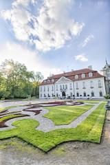 Obraz Barokowy pałac w Nieborowie - francuski ogród - Nieborów - fototapety do salonu