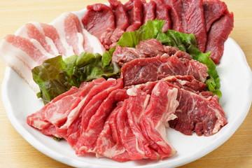 焼肉 生肉