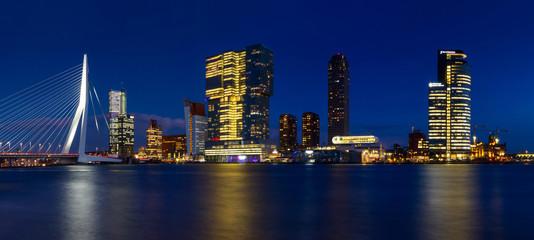 Photo sur Aluminium Rotterdam City Landscape, panorama - Night view on Erasmus Bridge and district Feijenoord city of Rotterdam, The Netherlands.