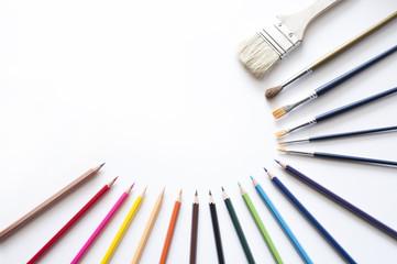色鉛筆 画材