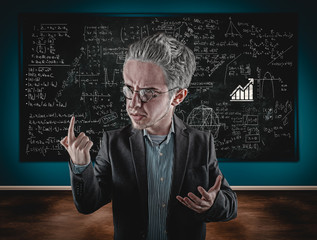 Teacher explain math formulas