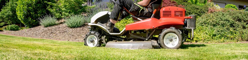 Gartenarbeit - Rasen mähen, Banner