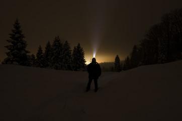 nocny spacer