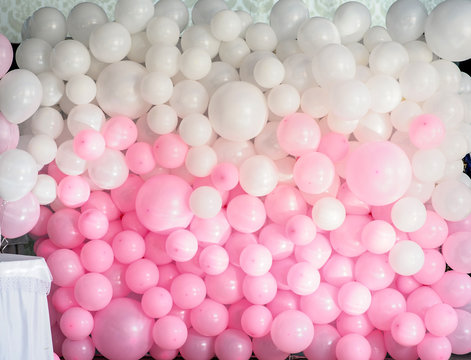 wedding decoration wall from balloons