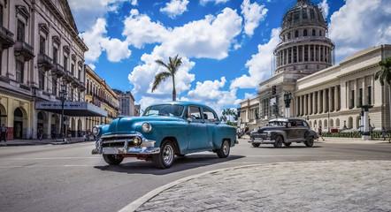 Printed roller blinds Havana HDR - Blauer amerikanischer Oldtimer fährt am Capitolio durch Havanna Kuba - HDR - Serie Kuba Reportage