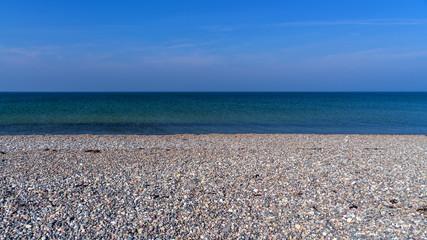 Meer Kies Strand im Goldschnitt
